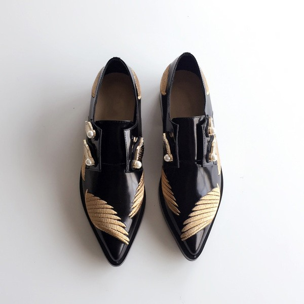 Black Vintage Shoes Pointy Toe Patent Leather Women's Oxfords with Wings and Pearls image 2