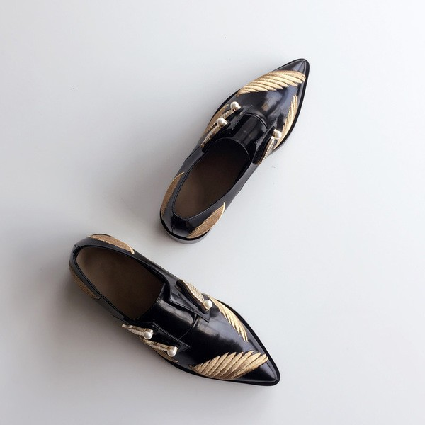 Black Vintage Shoes Pointy Toe Patent Leather Women's Oxfords with Wings and Pearls image 4