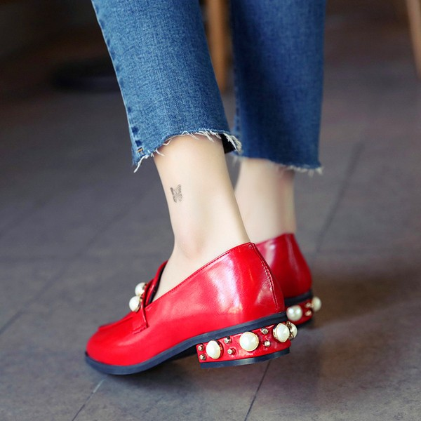 Red Vintage Square Toe Low Heel Pearls Loafers for Women  image 4