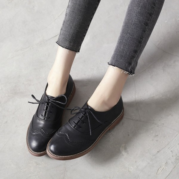 Black Round Toe Wingtip Shoes Lace up Flat Vintage Women's Oxfords image 1