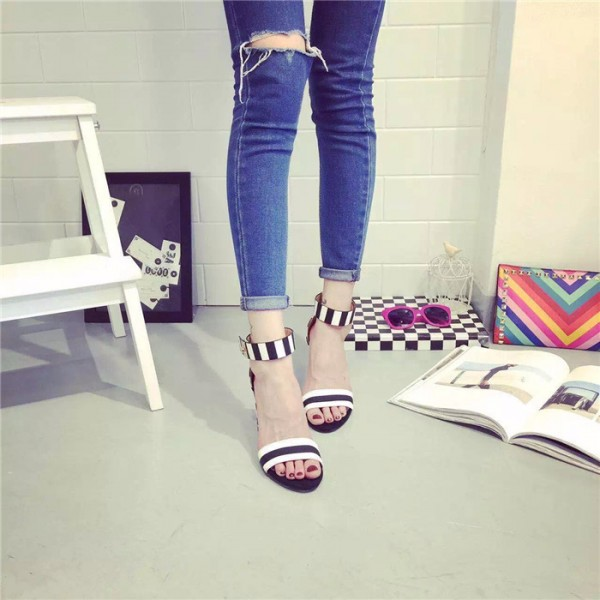 Women's Black and White Heels Ankle Strap Chunky Heel School Shoes image 2