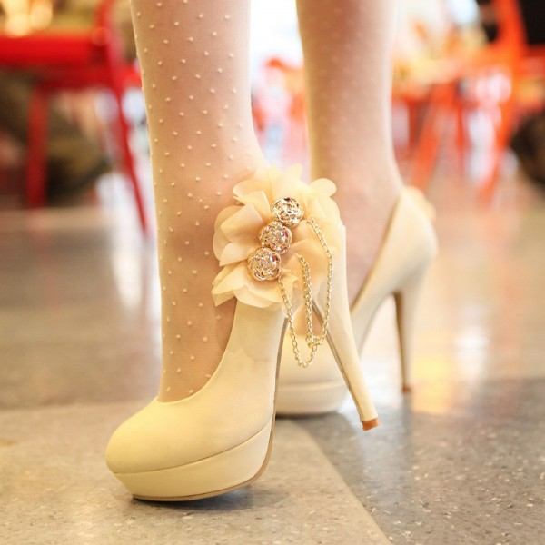 Women's White Platform Almond Toe Floral Chains Stiletto Heel Wedding Shoes Pumps image 1
