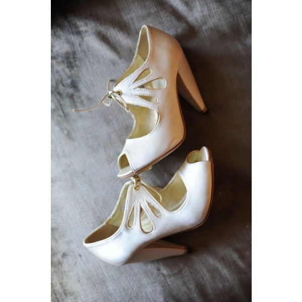Women's White Peep Toe Hollow Out Lace Up Cone Heel Pumps Bridal Heels image 2