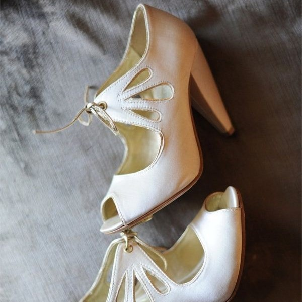 Women's White Peep Toe Hollow Out Lace Up Cone Heel Pumps Bridal Heels image 1