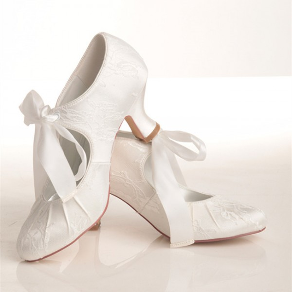 White Bridal Heels Lace-up Lace Spool Heel Vintage Wedding Shoes image 1