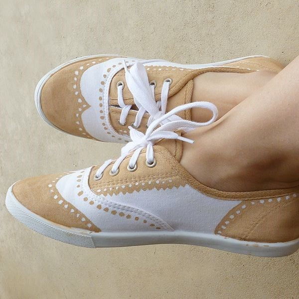 Khaki and White Wingtip Shoes Lace up Flats image 1