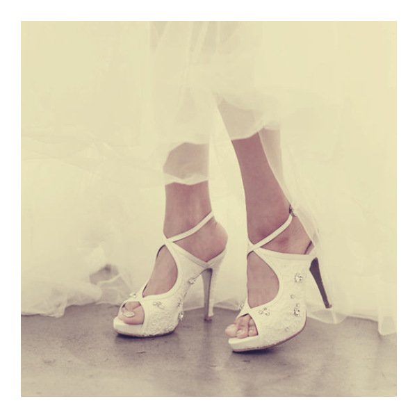 Women's White Platform Rhinestone Cross Over Slingback Stiletto Bridal Heels Pumps  image 5