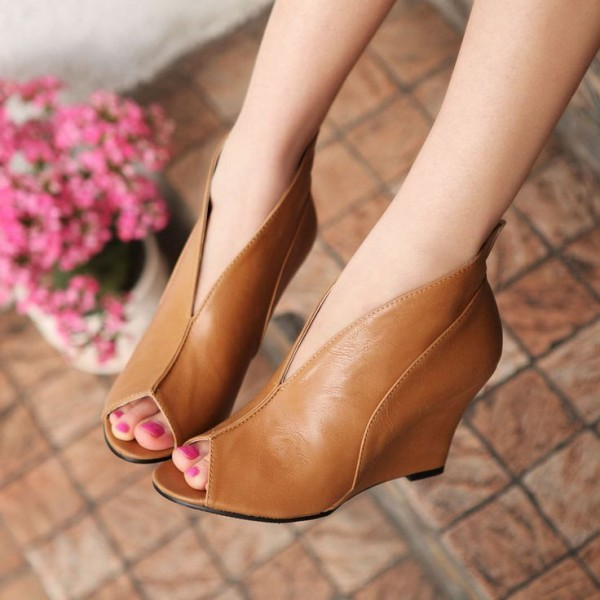 Tan Wedge Heels Peep Toe Low Cut uppers Vintage Pumps US Size 3-15 image 1