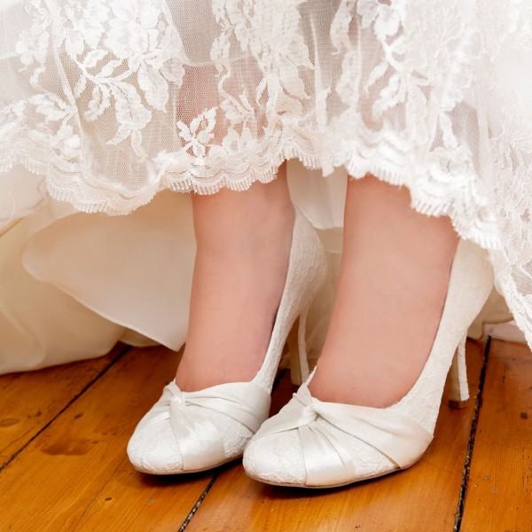 White Bridal Shoes Lace Heels Round Toe Pumps for Wedding image 1