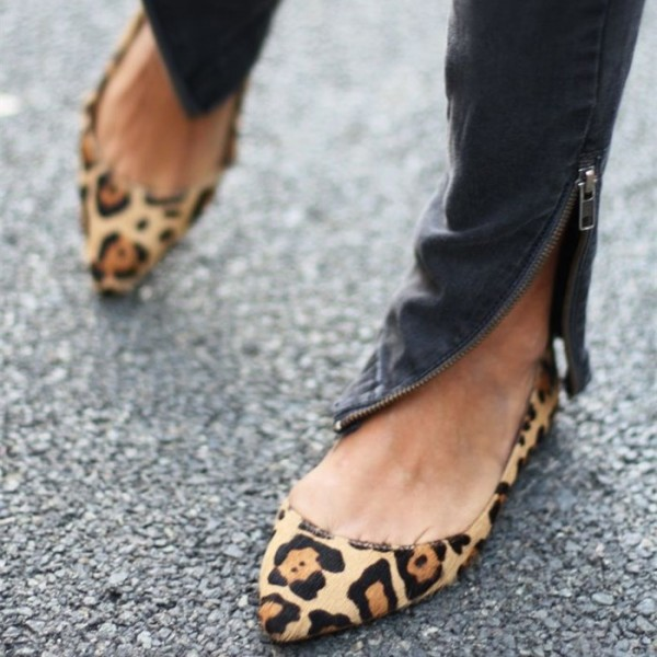 Women's Fashion Leopard Print Flats Comfortable Suede Pointy Toe Shoes image 1