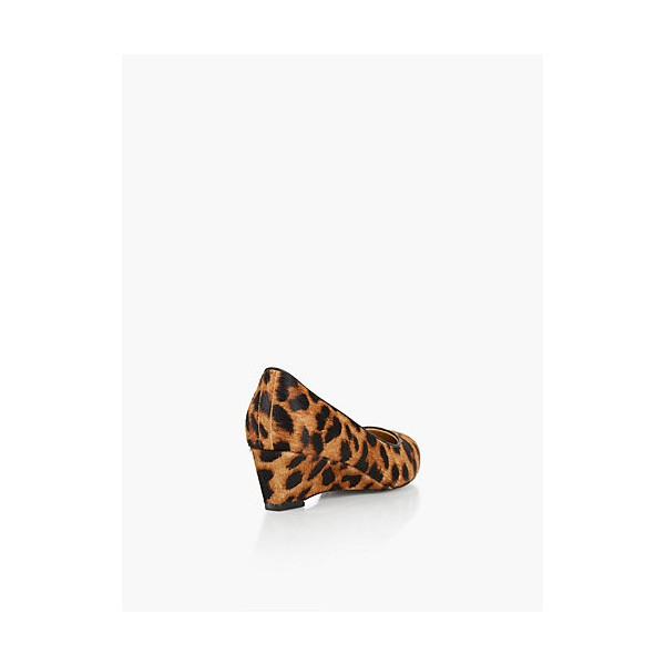 Women's Commuting Wedge Heel Leopard Printed Pumps image 2