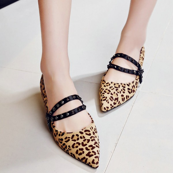 Leopard Print Flats Pointy Toe Studs Shoes  image 2