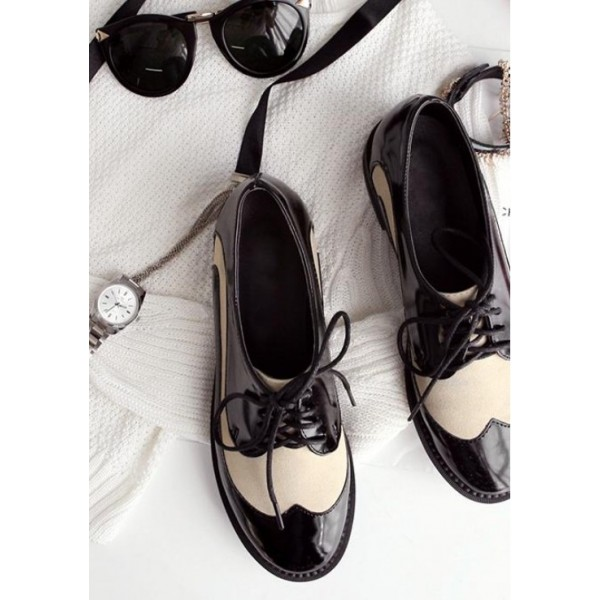 White and Black Stitching Color Vintage Women's Oxfords& Brogues image 3