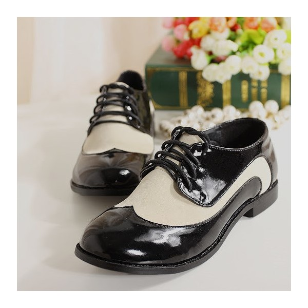 White and Black Women's Oxfords Lace up Brogues Vintage Shoes image 1