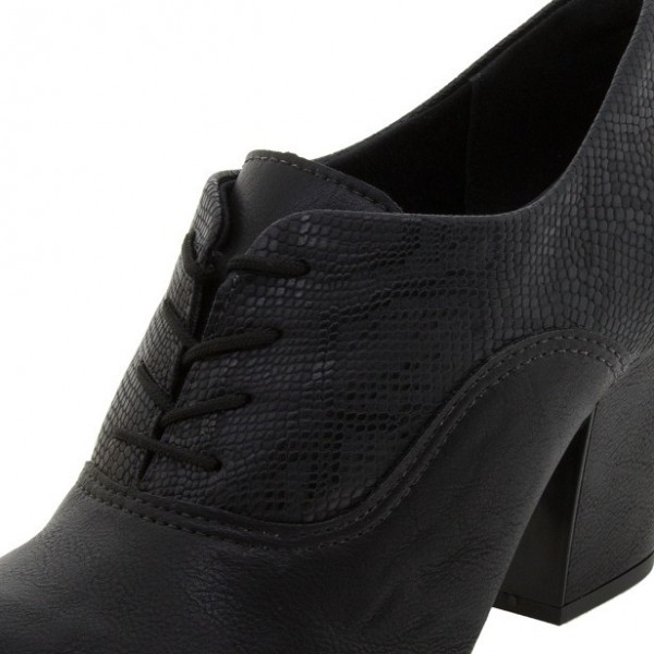 Black Lace-up Python Vintage Shoes Women's Brogues image 2