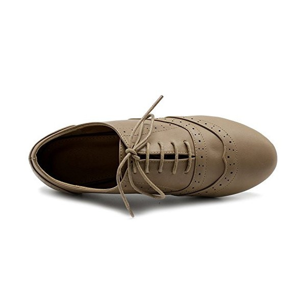 Tan Round Toe Wingtip Shoes Vintage Flat Oxfords image 2