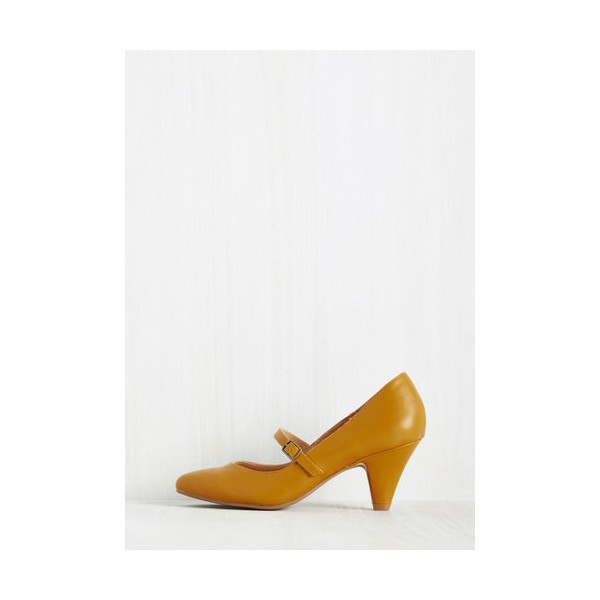 Women's Mustard Low-cut Uppers Mary Jane Heels Vintage Pumps image 3