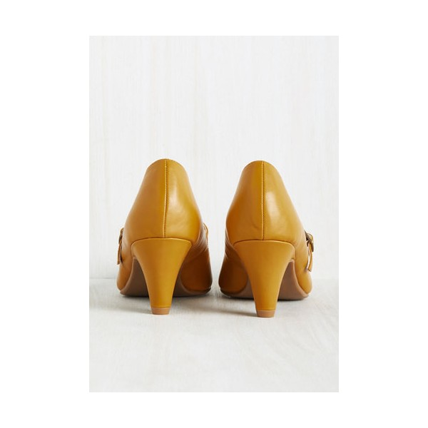 Women's Mustard Low-cut Uppers Mary Jane Heels Vintage Pumps image 2