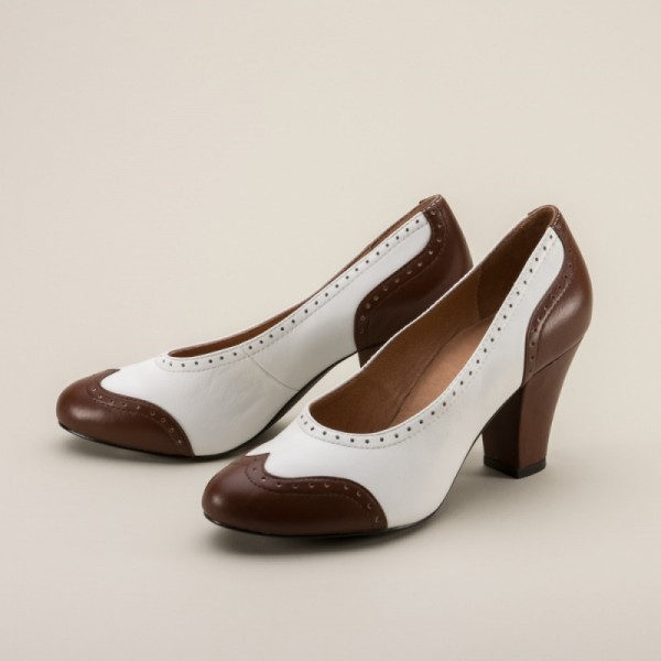 White and Brown Low-cut Uppers Round Toe Vintage Heels Pumps image 1