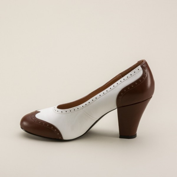 White and Brown Low-cut Uppers Round Toe Vintage Heels Pumps image 5