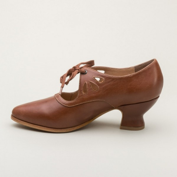 Brown Vintage Heels Lace up Pumps Spool Heels image 3