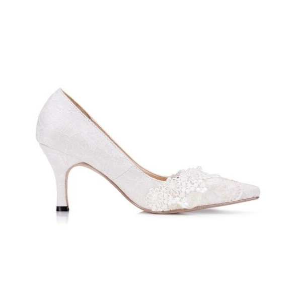 White Bridal Shoes Lace Heels Pointy Toe Pumps for Wedding image 3