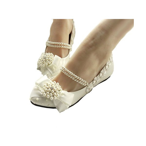 Women's White Lace With Pearl Comfortable Flats Bridal Shoes  image 4
