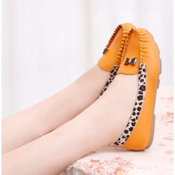 Yellow Round Toe Leopard Flats Comfortable Loafers for Women image 2