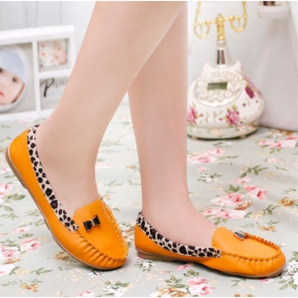 Yellow Round Toe Leopard Flats Comfortable Loafers for Women image 3
