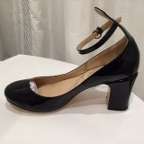 Leila Black Pumps
