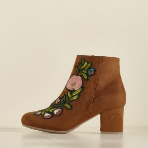 Women's Brown Chunky Heels  Embroidered Ankle Vintage Boots