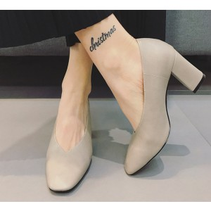 Women's Beige Square Toe Commuting Chunky Heels Vintage Shoes