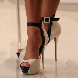 Black and White Heels Buckle Ankle Strap High Heel Platform Pumps