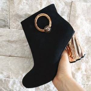 Black Circle Decorated Twisted Chunky Heel Ankle Booties For Women