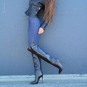 Black Sexy High Heel Boots Pointy Toe Stiletto Heel Knee Boots