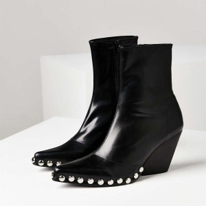 Black Rivets Chunky Heels Ankle Boots