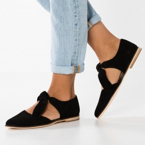 Black Suede Mary Jane Flats Round Toe Vintage Shoes