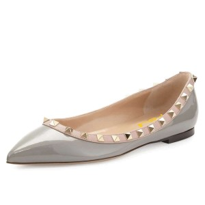 Grey Pointy Toe Flats Comfortable Shoes with Rivets