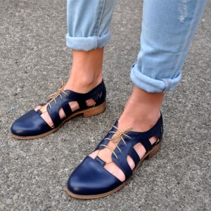 Navy Comfortable Shoes Round Toe Lace up Women's Oxfords