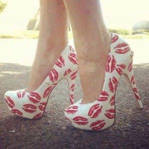 Women's White and Red Lips Print Platform Heels Sexy Stiletto Heels Pumps