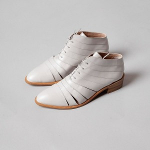 Off White Casual Shoes for Women Lace up Flat Round Toe Shoes