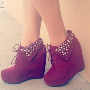 Red Wedges Boots Lace up Ankle Booties Suede Rivets Platform Boots