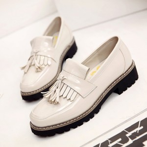 White Whit Tassels Patent Leather Square Toe Vintage shoes