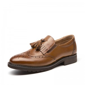 Tan Round Toe Flat Wingtip Shoes Vintage Women's Oxfords