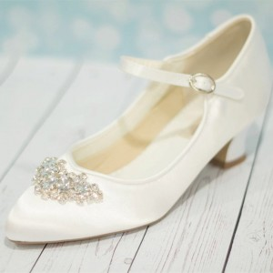 White Wedding Heels Satin Vintage Heels Mary Jane Pumps for Bridesmaid