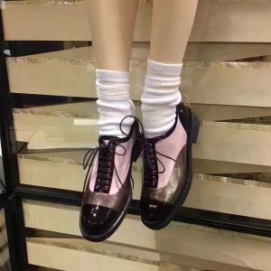 Women's Oxfords Chocolate and Pink Round Toe Lace up Flats