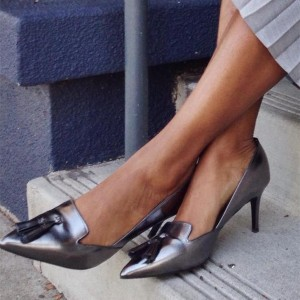 Women's Silver Grey Kitten Heels Pointy Toe pumps with Tassel