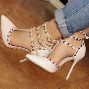 Lillian White Rivets Hollow Out Pumps