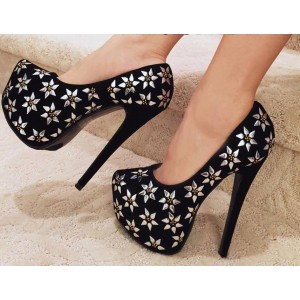 Women's Leila Black and Silver Flowers Printed Pumps Platform Heels