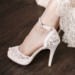 White Vintage Bridal Heels Peep Toe Ankle Strap Lace Pumps with Platform